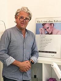 Dr. Luscht behandelt falten mit botox und hyaluron in bochum